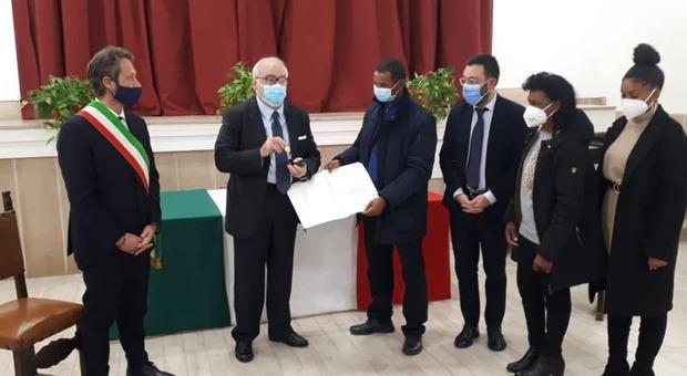 Il Prefetto di Frosinone consegna la Medaglia d'oro alla famiglia Monteiro Duarte