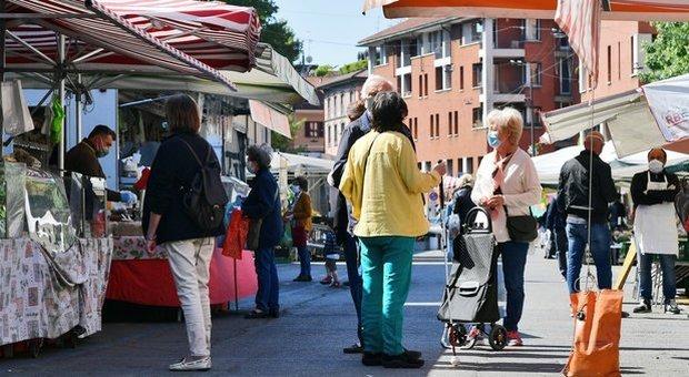 Mercato rionale a Milano