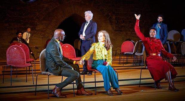 Isabelle Huppert in Il Giardino dei ciliegi al Teatro antico di Pompei dal 23 luglio