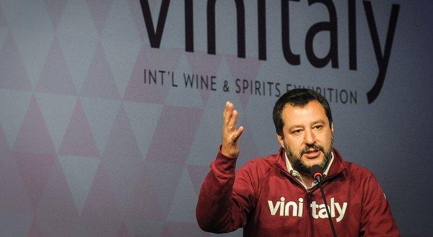 Pensioni, Castelli: 'Quota 100 è transitoria', Salvini asserisce: 'Non si torna indietro'