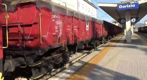 Treno fantasma a Gorizia: stazione evacuata per l'arrivo di vagoni senza locomotiva