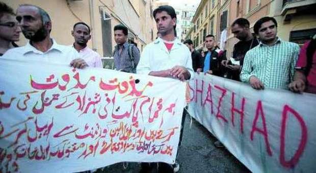 Pakistano ucciso a Torpignattara, Il gip: Daniel uccise per obbedire alle richieste del padre