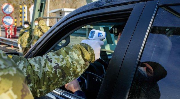 Misurazione della febbre in Ucraina