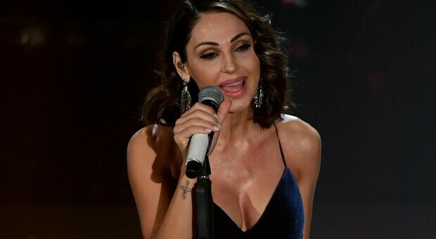 Rita Pavone litiga con Anna Tatangelo ad All Together Now: «Cantavi con Gigi D'Alessio...»