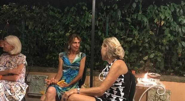Party d'estate vicino l'Appia Antica parlando del Premio Simpatia 2021