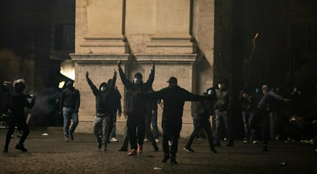 Possibile una regia comune con i disordini di Napoli