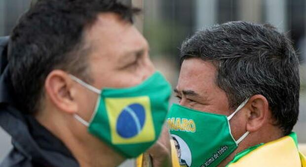 Covid, variante indiana spaventa il Brasile: «Isolati a San Paolo membri di un equipaggio»