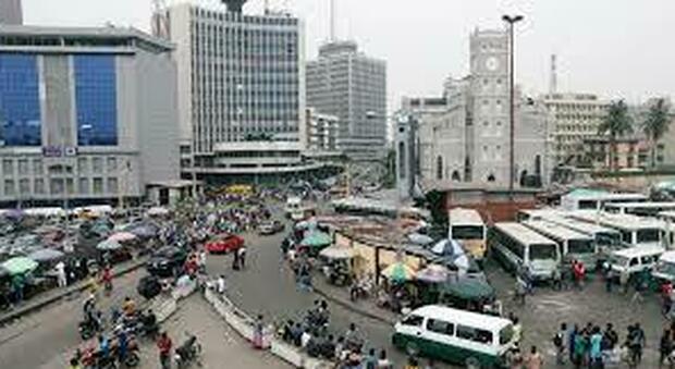 Nigeria, gigante economico dell'Africa, in ginocchio per il covid, l'economia arranca, l'allarme dei missionari