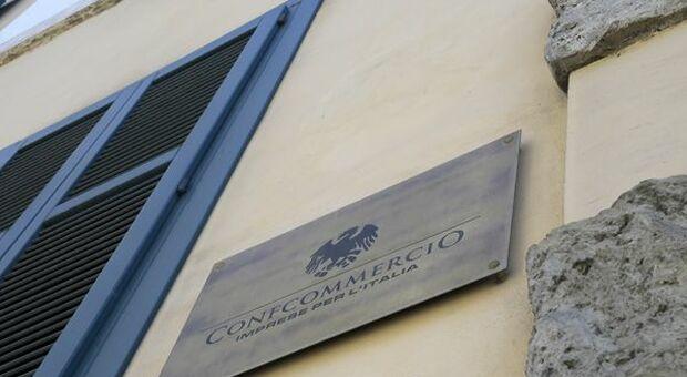 """Istat, Confcommercio: """"Forti aspettative di ripresa ma non per i servizi alle imprese e turistici"""""""
