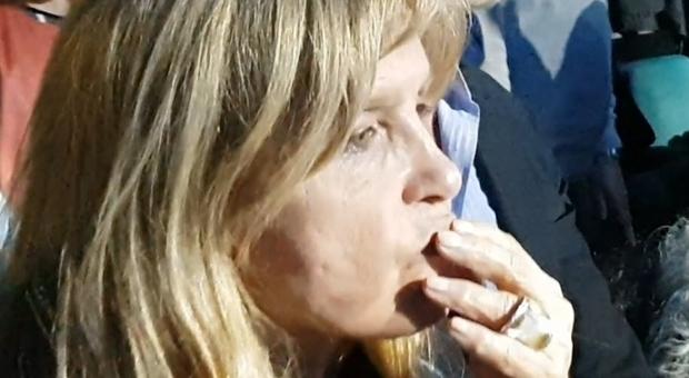 De André, il ricordo commosso di Dori Ghezzi: «Amo Fabrizio come ...