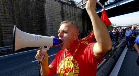 Whirlpool, lavoratori non mollano: sciopero e manifestazione nazionale a Roma