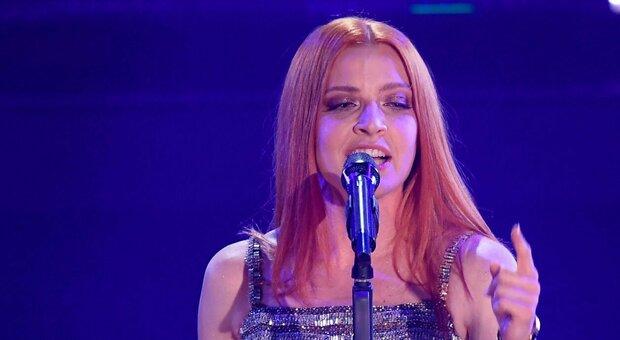 """Noemi, testo e significato di """"Glicine"""": canzone Sanremo 2021"""