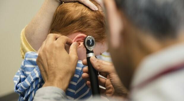 Covid, sparite le infezioni tra i bambini: dall'otite alla bronchite crollano le malattie