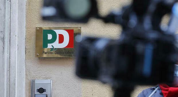 Roma e Bologna, le primarie del centrosinistra: vincono Gualtieri e Lepore