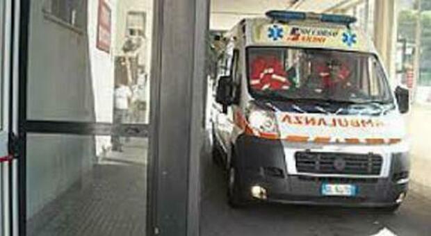 Anguillara, perde il controllo dello scooter: Alessandro muore a 37 anni