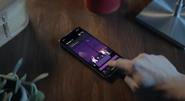 Vodafone lancia l'app che aiuta la ricerca sul Covid-19 mentre... dormiamo