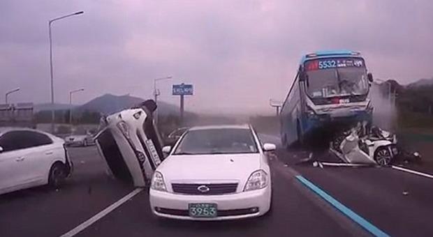 Video del conducente del bus