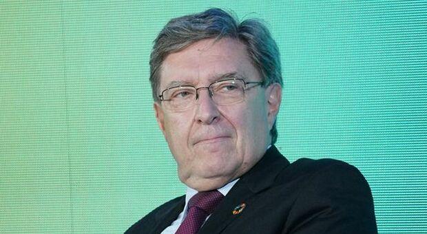 Ferrovie, Ministro Giovannini firma decreto per rafforzare linee regionali