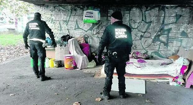 Vigili di Roma, smantellato il reparto anti-degrado: «Così il Centro rimane senza controllo»