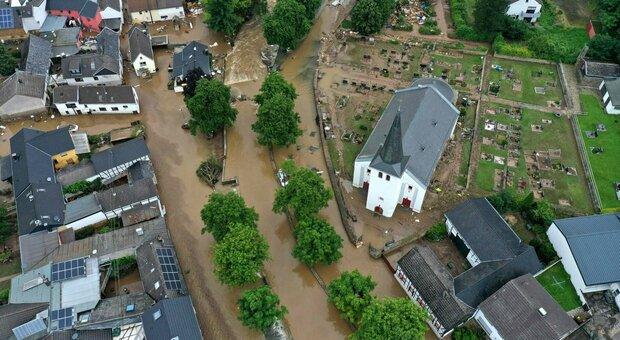 Germania, i morti delle alluvioni salgono a 81: centinaia i dispersi. Merkel: «Capiremo la portata nei prossimi giorni»