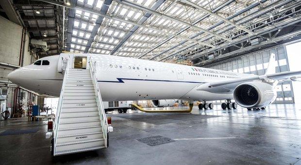 Air Force Renzi, Trenta: contratto rescisso, basta arroganza