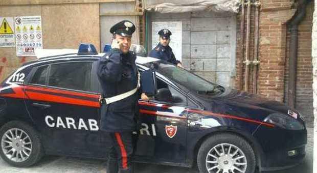Un equipaggio del radiomobile dei carabinieri di Foligno