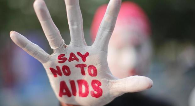 Fa sesso gay causano lHIV