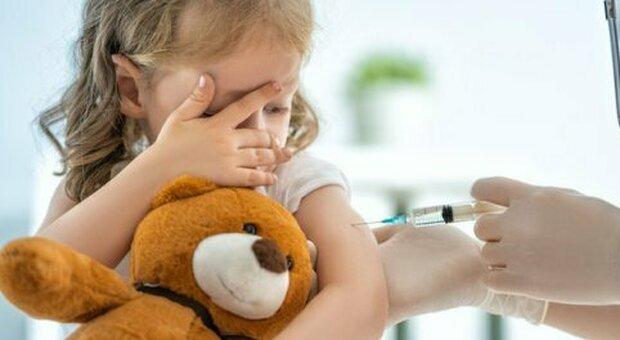 Covid, «i neonati contagiano fino al 40% in più rispetto agli adolescenti»: lo conferma uno studio canadese