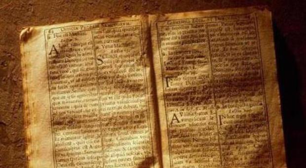 Ritrovato a Roma un manuale di caccia alle streghe
