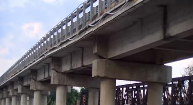 Reggio Calabria, ponte Allaro chiuso ai Tir: si sono abbassati due piloni