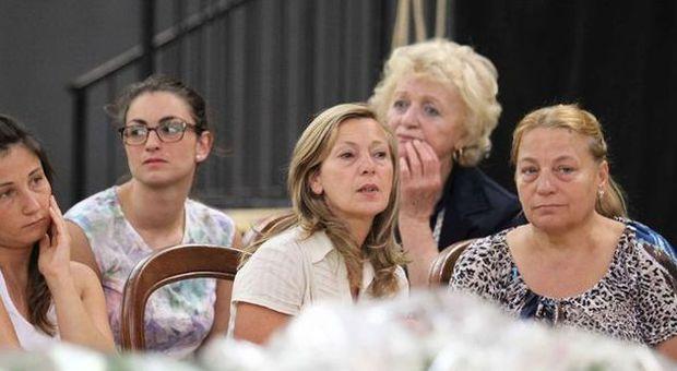 Ciro esposito in migliaia ai funerali a scampia diretta tv for Camera diretta tv