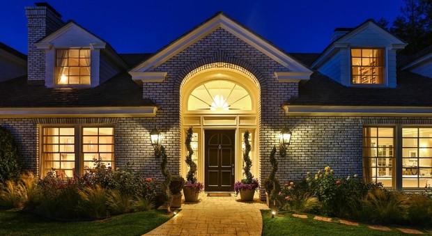 California, Jennifer Lopez vende la sua villa di Hidden Hills per 12,5 milioni di dollari