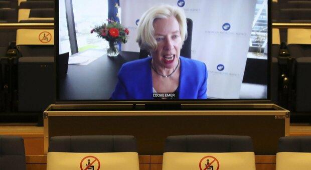 AstraZeneca, anche Svezia e Lettonia sospendono la somministrazione. Ema, riunione tecnica alle 14 di oggi