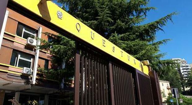 Permessi Di Soggiorno Illegali Chiedevano Fino A 5 Mila Euro A Pratica 16 Arresti In Tutta