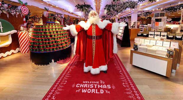 Decorazioni Natalizie Zalando.Il Natale Very British Proposto Da Harrods