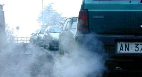 Legambiente, allarme smog: 39 città fuorilegge. Male il Nord, Roma si salva L'elenco