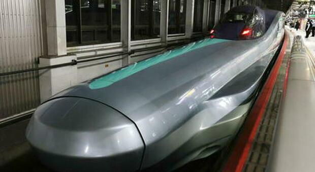 Il macchinista va in bagno e il treno fa un minuto di ritardo: scatta l'inchiesta in Giappone