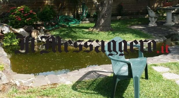 Bambino di due anni annega in uno stagnetto nel giardino di casa a Nettuno