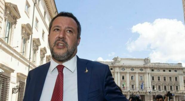 Immigrazione, Salvini: «Dopo il Covid, unire le due sponde del Mediterraneo»