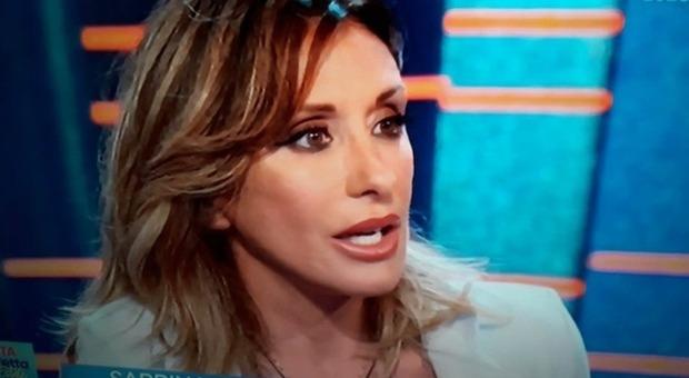 Sabrina Salerno s'infuria a Vita in Diretta Estate: «Ma ti uccido io...». Ecco cosa sta succedendo