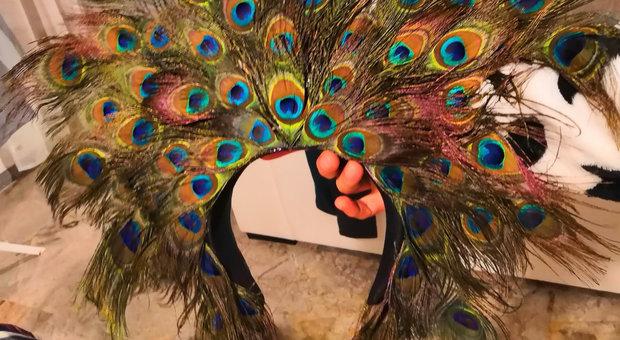fornitore ufficiale le migliori marche qualità Carnevale, l'ultima moda: il costume parte dal cappello