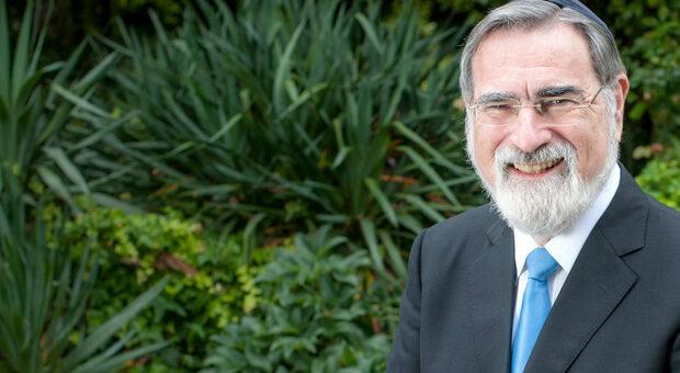 Jonathan Sacks, evento online alle 17,30 del Progetto Talmud sul pensiero del grande rabbino britannico