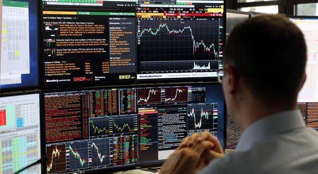 Borsa in calo a -0,78%; Spread sale a 310 punti