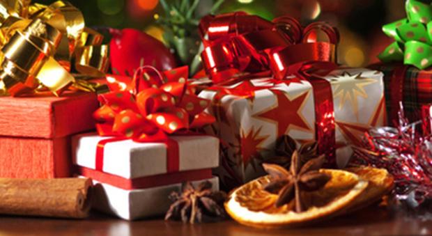 Regali Di Natale Per Tutti.Regali Di Natale Tutti Pazzi Per Il Riciclo Gia 3 Milioni Gli
