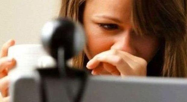 Sesso online senza conoscersi, l'ultima pericolosa moda dei tredicenni