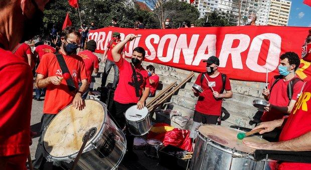 Brasile, test di massa a San Paolo: 1,2 milioni di contagiati, il 9,5% della popolazione