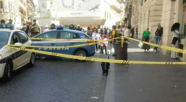 Roma allarme bomba in piazza di spagna ma era il trolley - Allarme bomba porta di roma ...