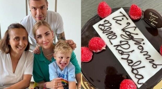 """Chiara Ferragni, festa per tata Rosalba con Fedez e Leone. Ma gli haters attaccano"""" anche la torta"""