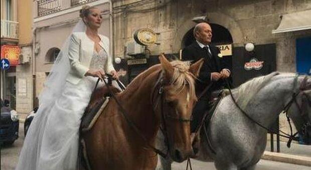 Barletta, in chiesa con la sposa con un cavallo: la sopresa degli invitati