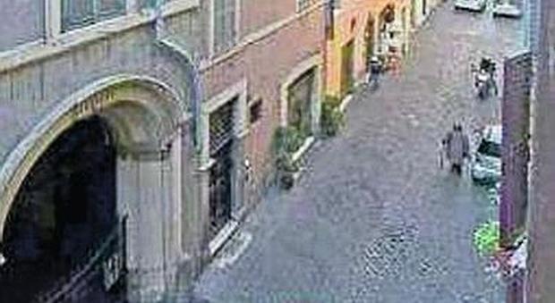 Affittopoli il comune mette in vendita 21 immobili vanno for Case all asta a roma